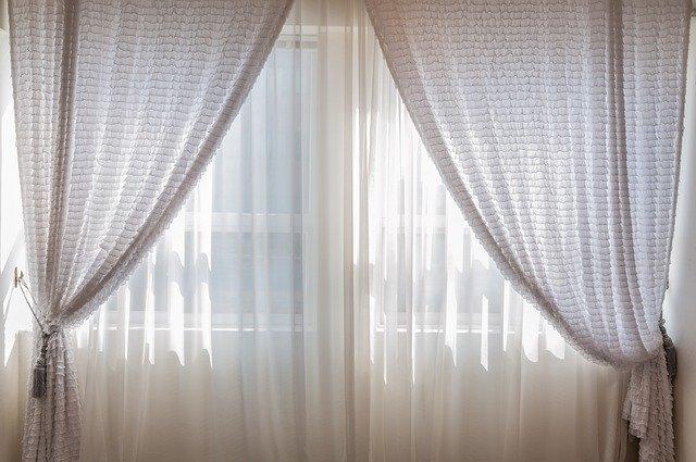 Trucos para colocar cortinas en el hogar
