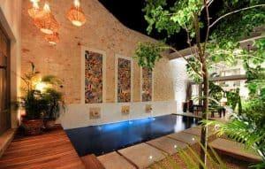 Luces para la piscina de la casa