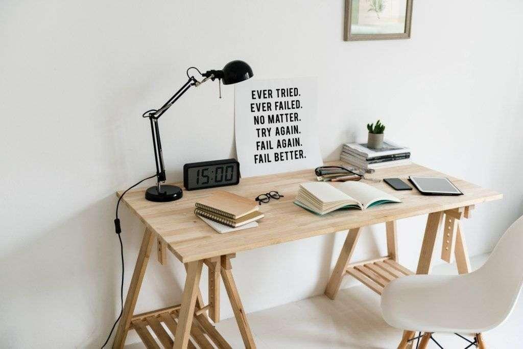 oficina sencilla en casa