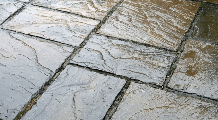 Como eliminar las humedades del suelo