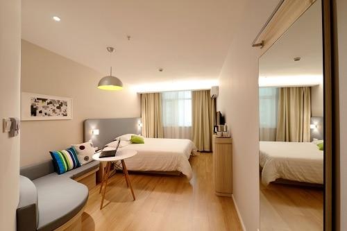 elementos básicos para el dormitorio