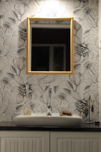 papel pintado en bañi