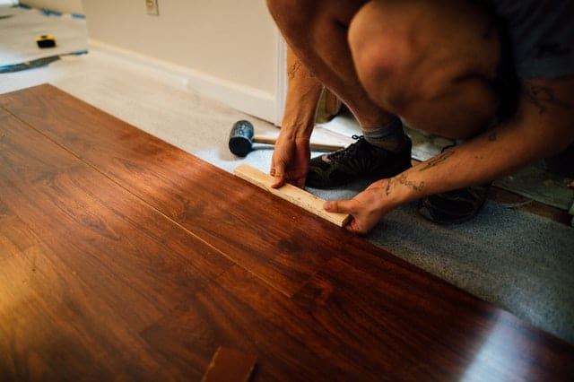 ejemplos de reparar en casa